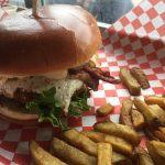 Ozzy's Burgersで贅沢バーガー!【トロント】